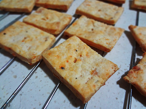 cheddar & cream cheese crackers