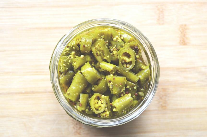Instant chilli pickle